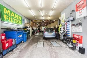 car servicing garages